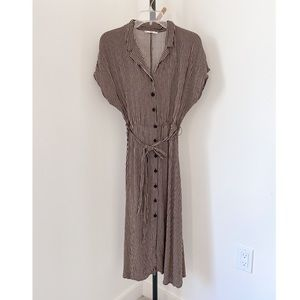 Mango Button Down Dress w/tie belt size 6